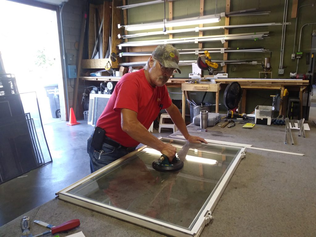 glass technician working in durango doing custom work in colorado